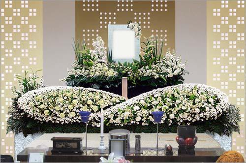 新座市営墓園 の家族葬43花祭壇イメージ3